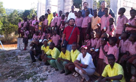 Construcción de la escuela en La Montagne (Haití)
