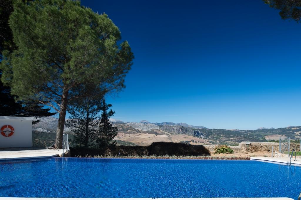 Piscina vistas Catalonia Reina Victoria