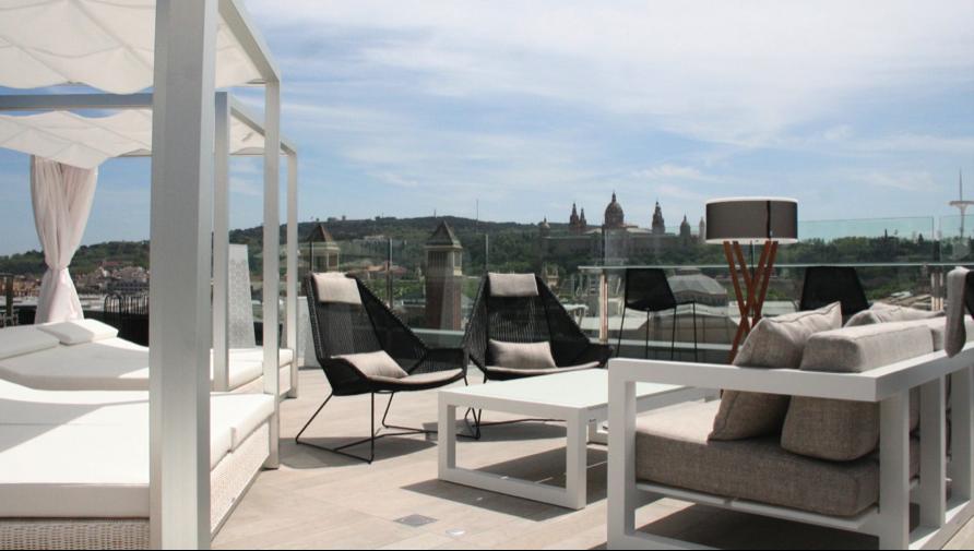 Hoteles con piscina en barcelona catalonia hotels resorts - Terrazas hoteles barcelona ...