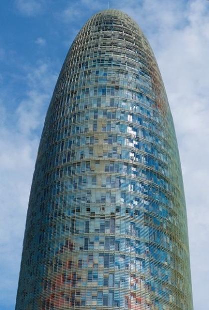 arquitectura-contemporanea-barcelona-torre-agbar