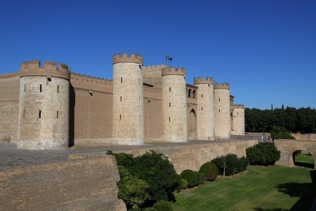 Zaragoza palacio aljaferia