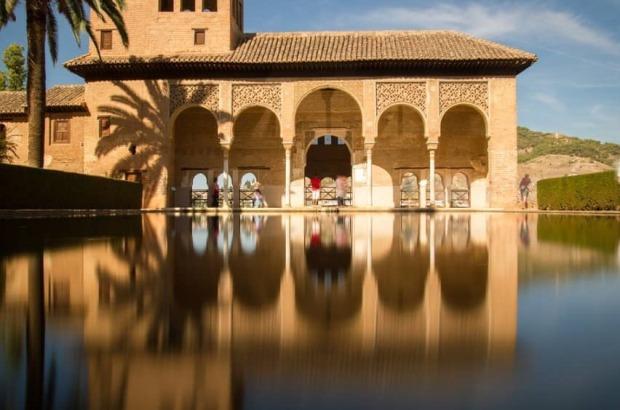 alhambra monumento de granada