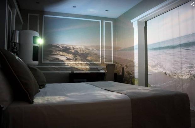 Habitacion inmersiva en hotel 4 estrellas otorgadas