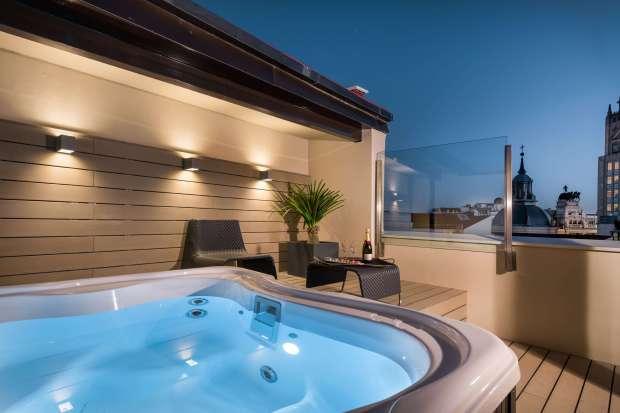 Escapada Romántica Con Jacuzzi En La Habitación Catalonia Hotels Resorts Blog