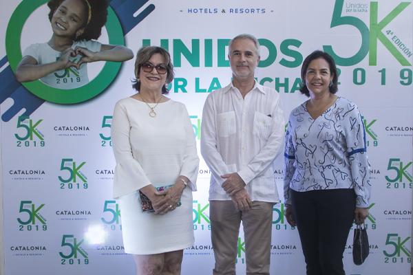 Griselda Carron, Manel Vallet y Alexandra Matos de Purcel